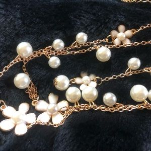 """The Perfect Accessory"" Gold, Pearls & Flowers"